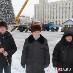 Возложение у памятника В Ленина-005