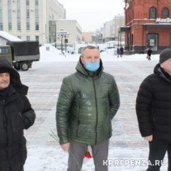 Возложение у памятника В Ленина-006