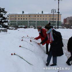 Возложение у памятника В Ленина-012