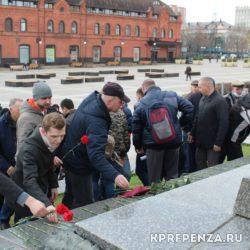 22 апреля – День Рождения Ленина – Площадь-008